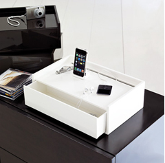 lacquer-charging-station.jpg