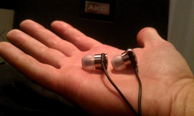 AKG K3003 earphones 20.jpg