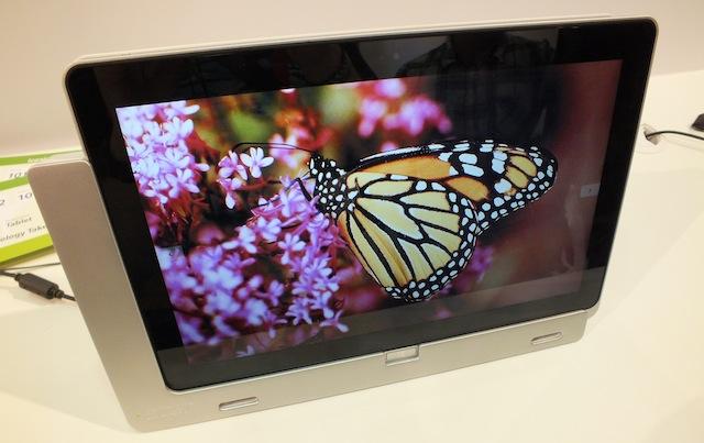 Acer-Iconia-W700-4.JPG