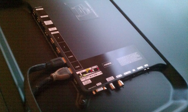 Samsung UE60D8000 2.jpg