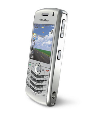 silver-blackberry-pearl-8110.jpg