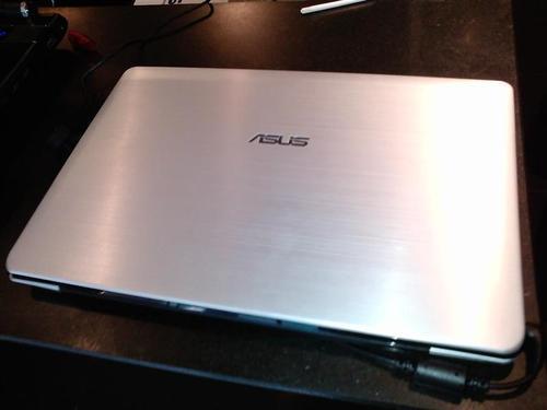 Asus-UX30.jpg