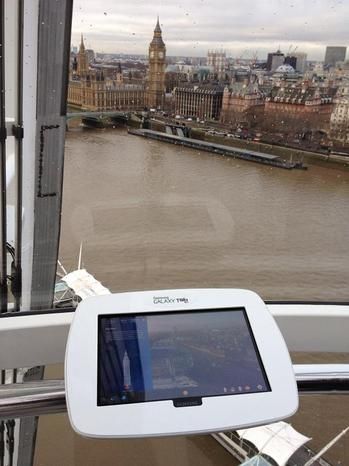 Samsung Galaxy Tab at London Eye.jpg