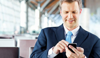 """Résultat de recherche d'images pour """"man iphone"""""""