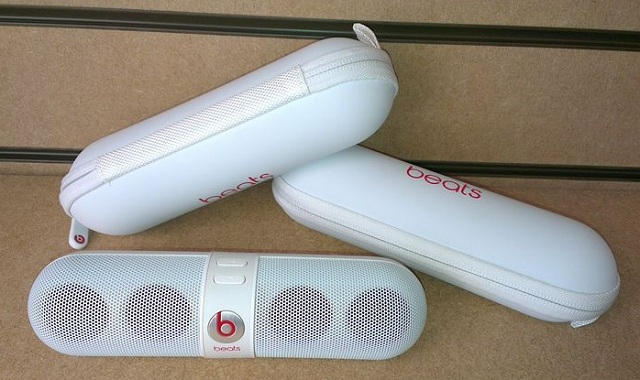 beats-pill-case.jpg