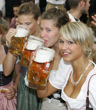 beer-ladies.jpg