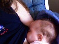 facebook-breastfeeding-photo-ban.jpg