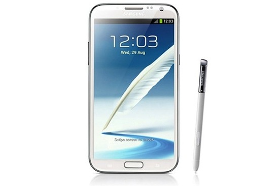 We still cant get our heads around what's made the gigantic Galaxy Note 2 handset so popular, straddling the line between tablet and smartphone with its 5.55 inch screen. Once again bringing back the stylus despite its capacitive touchscreen, the Note 2