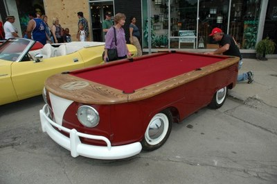 vw-bus-billiards-600001.JPG