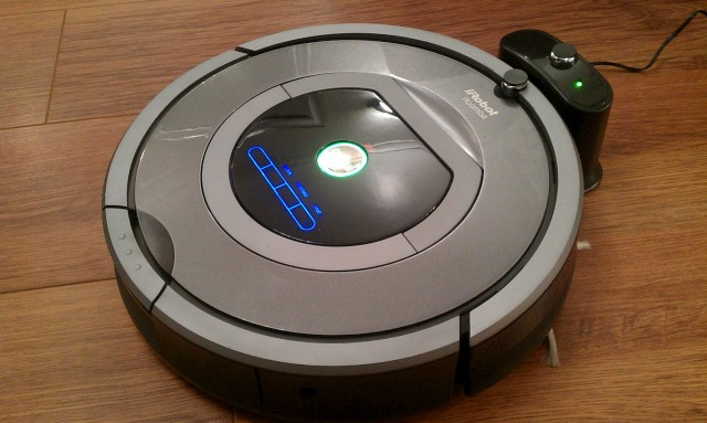 iRobot Roomba 780 Robot Review - Top Selling Robotic Vacuums
