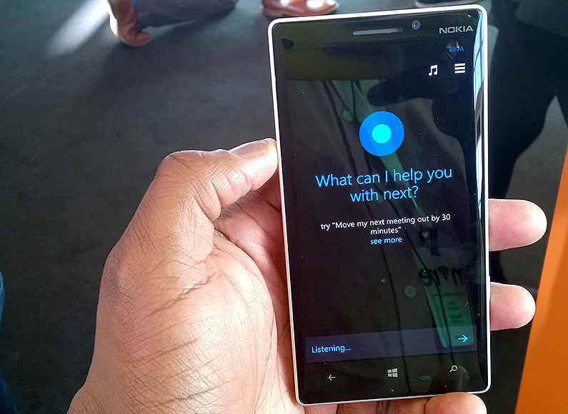 WATCH: Cortana outsmart Siri