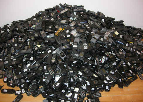 ... whopping 68 million unused mobile phones in the UK - Tech Digest