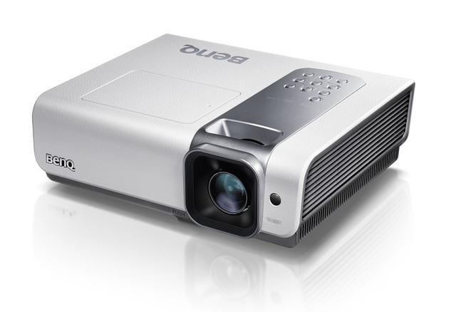 Review benq w1000 hd projector tech digest for Hd projector reviews