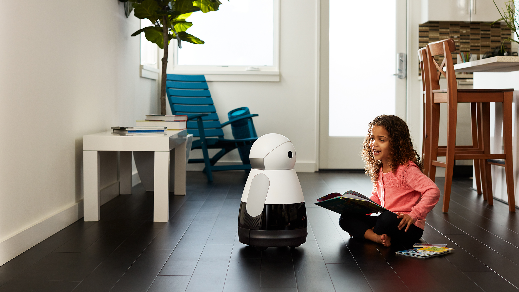 Bosch start-up introduces $700 Kuri robot at CES2017