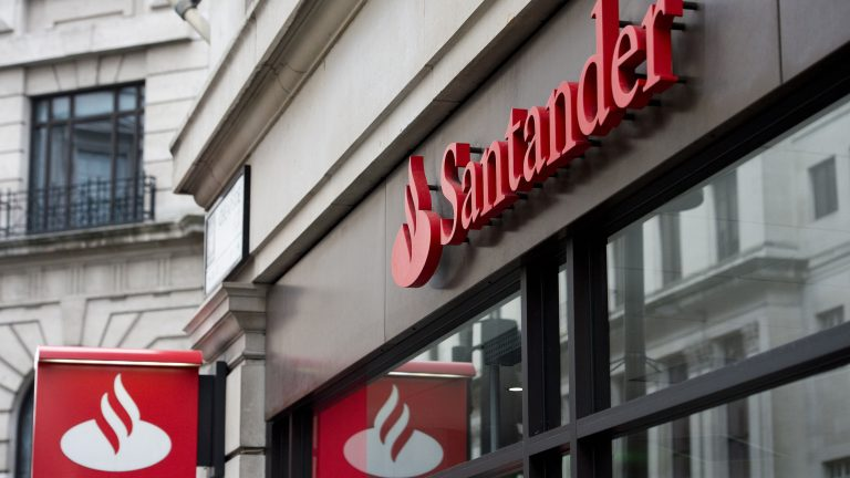 Santander introduces Phone ID and Voice ID for telephone banking customers