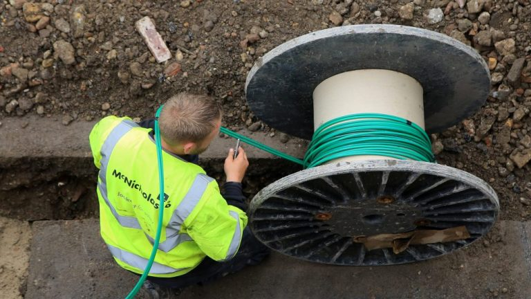 Full fibre broadband rolled out in schools in rural areas